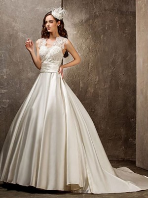 A line Princess Queen Anne Sweep Brush Train Lace Satin Wedding Dress with Beading Appliques Sash Ribbon Button