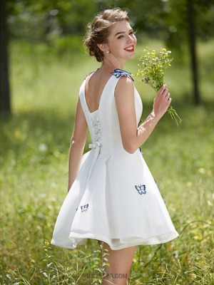 A line V neck Short Mini Tulle Wedding Dress with Flower