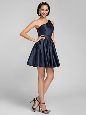 A Line Princess Sexy One Shoulder Short Mini Satin Bridesmaid Dress with Side Draping