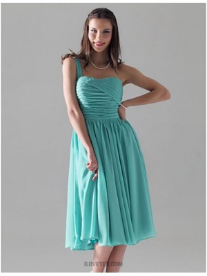 A Line Princess Sexy One Shoulder Knee Length Chiffon Bridesmaid Dress with Ruching Pleats