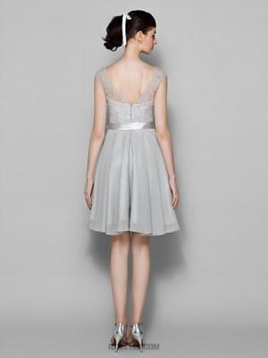 A Line Bateau Neck Knee Length Chiffon Lace Bridesmaid Dress with Lace