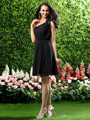 A Line Princess Sexy One Shoulder Knee Length Chiffon Bridesmaid Dress with Bow Draping Side Draping