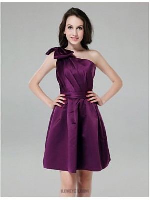 A Line Princess Sexy One Shoulder Knee Length Satin Bridesmaid Dress with Bow Side Draping