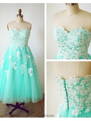 A Line Sweetheart Tea Length Tulle Australia Cocktail Party Prom Dress with Appliques Buttons
