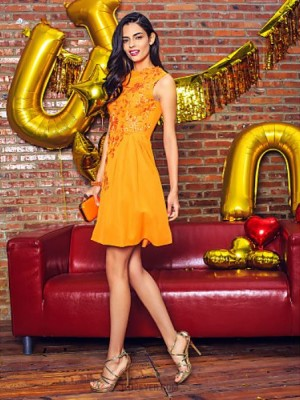 A Line Jewel Neck Knee Length Chiffon Australia Cocktail Party Prom Company Party Dress with Appliques