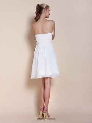 A Line Princess Strapless Sweetheart Knee Length Chiffon Graduation Dress withBeading Flower