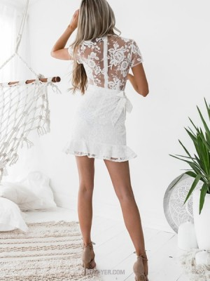 V Neck Lace White Sheath Homecoming Dress With Short Sleeves
