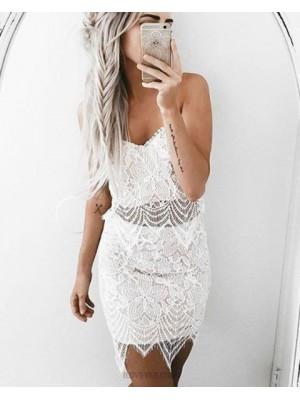 Elegant White Spaghetti Straps Tight Lace Homecoming Dress