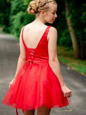Simple V Neck Red Tulle Beading Homecoming Dress
