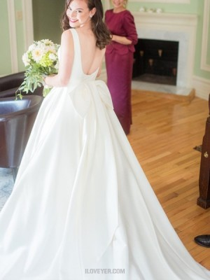 Simple Jewel Neckline Satin Wedding Dress With Bowknot For Fall